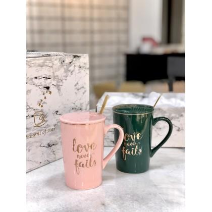 色釉陶瓷杯- LOVE NEVER FAIL (双杯礼盒装)